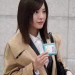 吉高由里子のドラマ「正義のセ」の衣装その他のファッション小物をチェック!