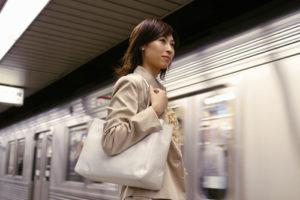 40 代 ファッション 女性 通勤